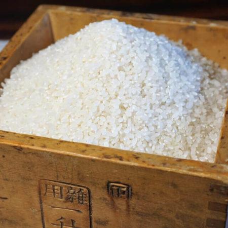 米 一 升 は 何 キロ